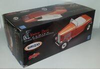 1:18 Scale GMP Vintage Duece Series Brizio Munz 1932 Roadster - Bronze