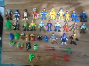 Large Lot of Imaginext Figures,Accessories(outfits and weapons)