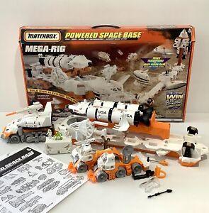 Vintage Matchbox Mega-Rig Powered Space Base Toy Playset Alien Astronauts - 1998