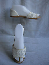 F & F WOMENS CREAM EMBROIDERED  PEEP TOES SANDALS SIZE:3/36(WHS175)