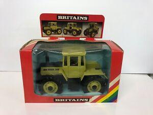 Britains 9525 Mercedes Benz Tractor, MB Trac 1500 NMIB