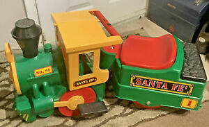 Peg Perego Santa Fe Battery Ride On Train With Track - FREE NEXT DAY DELIEVRY