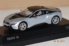BMW i8 silber-dunkelgrau 1:43 Paragon 91053 neu & OVP