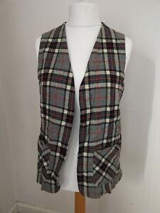 Vintage Laird-Portch Of Scotland Ladies Size Large Tartan Waistcoat Pure Wool