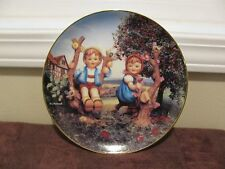 "M J Hummel ""Apple Tree Boy & Girl"" Little Companions Dan. Mint 1992 Plate Mb509"