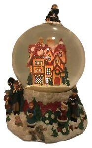 1991 Snow Globe Caroling Winter Scene Lights Up Christmas Holiday Music 11 Inch