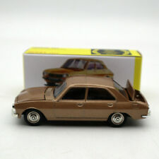 Atlas 1/43 Dinky Toys 1452 PEUGEOT 504 Diecast models car