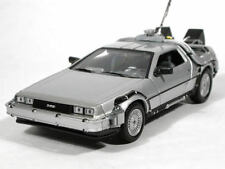 Welly Back To The Future 1 Delorean Time Machine 1/24 Scale Die-Cast Model Car