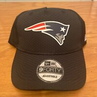 New England Patriots NFL Mens New Era 9Forty Adjustable Hat Black w/ Logo