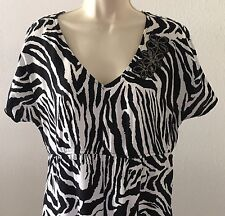 Cato Black White Zebra Top V-Neck Floral Embellished Shark Bite Hem Rayon Large