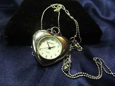 Woman's Vintage Aea Pendant Watch with Chain B26-556