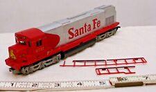 TYCO SANTA FE DIESEL TRAIN LOCOMOTIVE ENGINE IN HO SCALE SILVER & RED