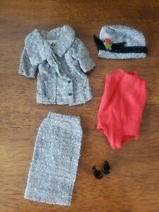"Vintage Barbie 1963 ""Career Girl"" Outfit #954"