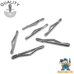 C.S. Osborne Tufting Clasps Ref: 418 - 100 Pk - use with No. 417 Tufting Needle