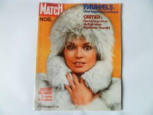PARIS MATCH N°1180 du 18/12/1971 Christine Delaroche Claude François Farrow Kay