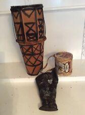 2 Trommeln/Wandbild Afrikanerin