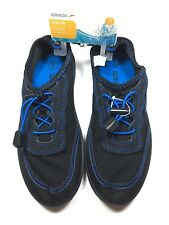 New with tag KIDS SPEEDO WATER SHOES  Navy AND Blue Size Junior  (Small 13-1)