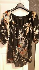 Traffic People size Small peacock print black sequin top