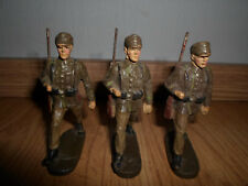 lot of german Gebirgsjager marching mountain soldier with rifle ELASTOLIN LINEOL