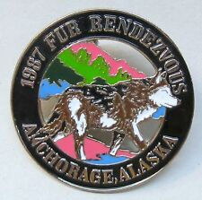 1987 Anchorage Alaska FUR RENDEZVOUS brooch pinback pin WOLF
