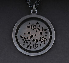 Ole Lynggaard Sterling Silver Lace Medallion Pendant / Necklace. A1961-301