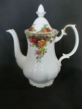 ROYAL ALBERT OLD COUNTRY ROSES,COFFEE POT 1ST QUALITY ,VERY GOOD CONDITION