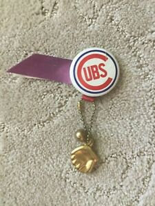 1960's Chicago Cubs Pin w/ Ball,glove And Ribbon