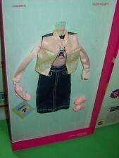Barbie Fashion Avenue Teen Talk Skipper Outfit & Accessories 1999