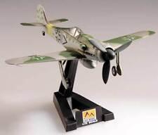 Easy Model - Focke Wulf FW190D-9 Dora IV/ JG2 1945 Fertigmodell 1:72 Standfuß