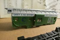 HO Athearn Chessie B&O Green & Sivler Bay Window Caboose 2222 Safety Slogan Kit