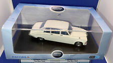 Oxford Automobile Company 1:43 Scale DS001 Daimler DS420 Old English White Boxed