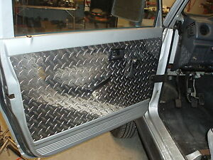 SUZUKI SAMURAI FRONT DOOR PANELS (SET OF 2)