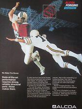 11/1982 PUB ALCOA FORGING ALUMINIUM STEEL ALLOY FOOTBALL AMERICAIN ORIGINAL AD