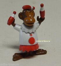 Ancienne Figurine publicitaire OMO les MINI-COSTO : Jongleur (4ème série)