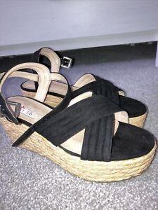 Office Woven Flatform Sandals Size 6