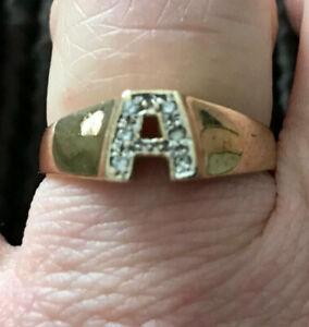9ct Yellow Gold Diamond Inital A signet ring