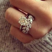 Luxury 925 Silver Round Cut White Sapphire Leaf Wedding Ring Set Women's Jewelry