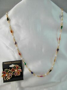 GOLD with COLORFUL RHINESTONES & PEARL BEADS NECKLACE & FLOWER EARRINGS SET