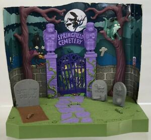Simpsons World Of Springfield Treehouse Of Horror Cemetary Playset Playmates