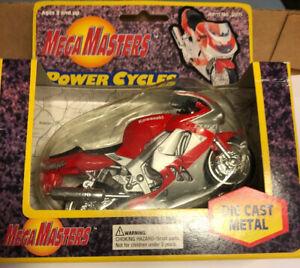 MegaMasters Power Cycles 9509 Red & Silver Kawasaki Ninja NOS VT4