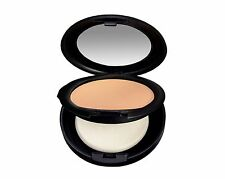 Lucie Lavelle Pressed Mineral Foundation in Natural