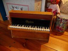 Toy piano OPERA de 36 touches à restaurer - sonorité proche de Michelsonne
