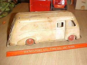 Vintage ~MARX Toys CLOVERDALE FARMS~  Pressed Steel Delivery Truck As-Is
