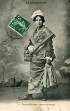 Carte EURE Types et Costumes Servante Roumoise