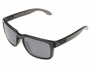 Oakley Holbrook Sunglasses OO9102-24 Grey Smoke/Black Iridium