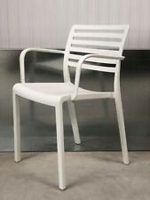 BRAND NEW:CONTEMPORARY WHITE DESIGNER PLASTIC INTEGRATED ARMS/OFFICE/HOME CHAIR