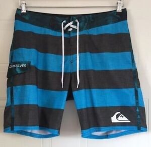 Quiksilver Blue Surfing Shorts Size 32 Inches Waist