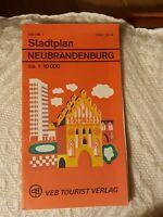 STADTPLAN Neubrandenburg dt. russ. engl. DDR VEB Tourist Verlag 1980 beidseitig