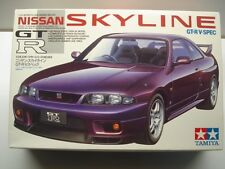 Tamiya 1:24 Scale Nissan Skyline GT-R V-Spec 1995 Model Kit - New #24145*1500