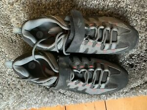 Specialized cycling shoes 44
